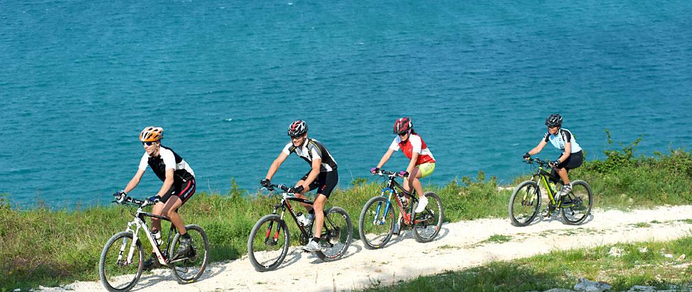 Premantura cycling